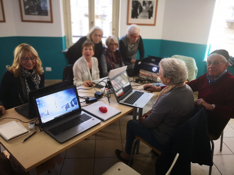 Laboratorio INFORMATICA pensionati San salvario - Torino